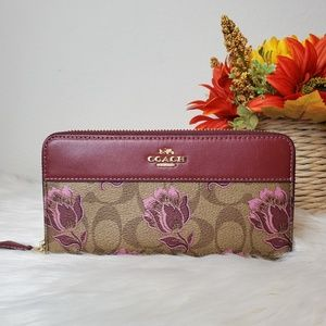 COACH ACCORDION ZIP WALLET DESERT TULIP PRINT